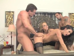 Blonde Nikki Daniels gets throat fucked by mans throbbing circles