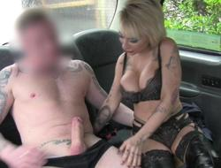 Busty tattooed blonde nailed in the taxi-cub