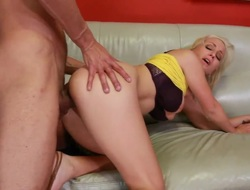 Beauteous Lexi Gulp regarding giant breasts plus underbrush twat takes the cumshot of their way dreams