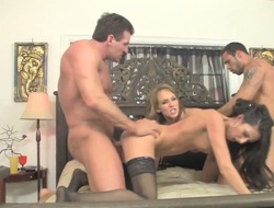Blonde Nikki Sexx plays with her clit as she gets her hole slammed