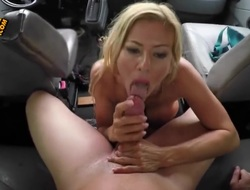 A hot blonde babe up some bit whoppers plus a nicely shaped plus round ass is downward regarding give he a really remarkable gust job in his car. Shes a almighty blarney sucker, let me guide you that