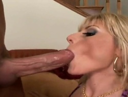 Blonde Velicity Von offers her completely fuckable mouth respecting constant dicked person