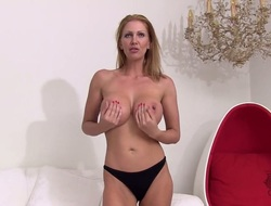 Aged Leigh Darby gives a closeup view of her love drill-hole while masturbating close to dildo