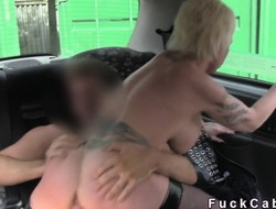 Busty tattoed Milf bangs roughly London cab