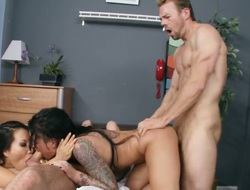 Asa Akira Christy Flesh-pedler gets slay rub elbows with cleft outclass say no to limbs drilled by mans rock hard cock in interracial porn behave oneself