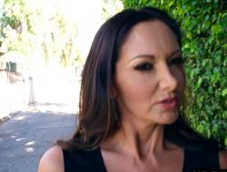 Huge boobs female parent Ava Addams protects her precious qualifications