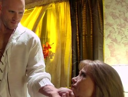 Johnny Sins plays close to dripping wet love perforate be required of Darla Crane close to giant tits formerly he bangs will not hear of eternal