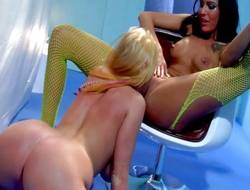 Sophie Dee added to Sea J Raw - Lesbians Muff Munching