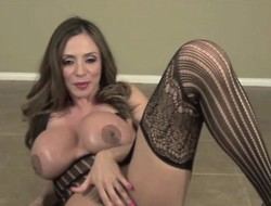 Ariella Ferrera POV Oral pleasure in Dark Stocking